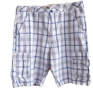WRANGLER | white and blue surf cargo shorts
